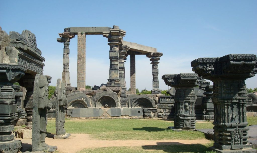 A visit to Warangal Fort and Ramappa Temple